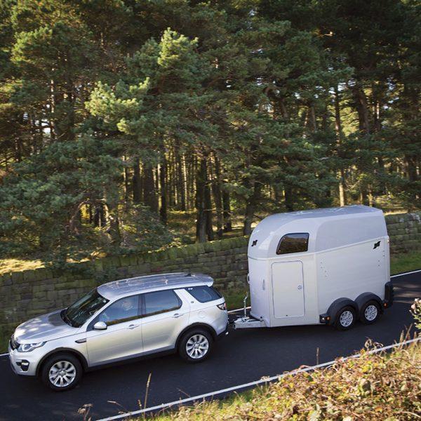 HBE-Land-Rover-Remolques-Cañero